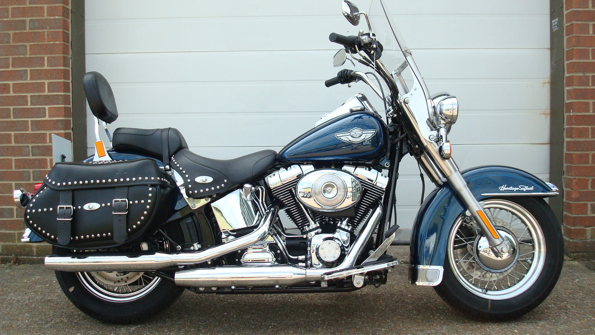 Harley-Davidson FLSTCI HERITAGE SOFTAIL 2003-53 **45 MILES F For Sale (picture 1 of 6)
