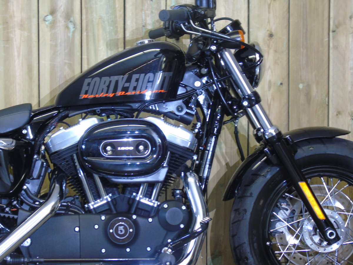 2014 Harley Davidson XL1200 X Forty Eight Only 1200 Miles For Sale (picture 4 of 6)