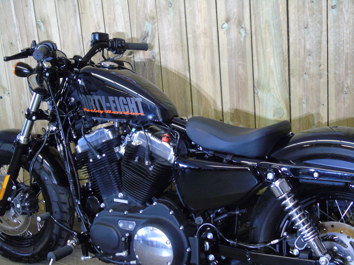 2014 Harley Davidson XL1200 X Forty Eight Only 1200 Miles For Sale (picture 5 of 6)
