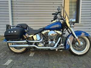 Harley davidson Softail de Luxe 103 cub 2016 SOLD
