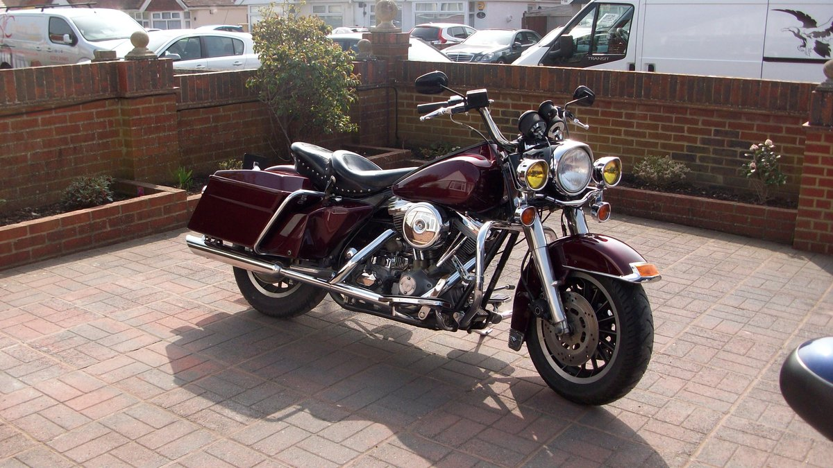 1985 Harley Davidson Tour Glide SOLD (picture 3 of 4)