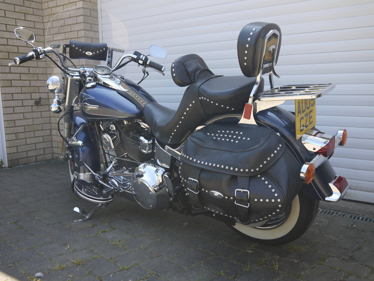 2009 HARLEY DAVIDSON HERITAGE SOFTAIL CLASSIC - JUST 6K MILES !! SOLD (picture 2 of 6)