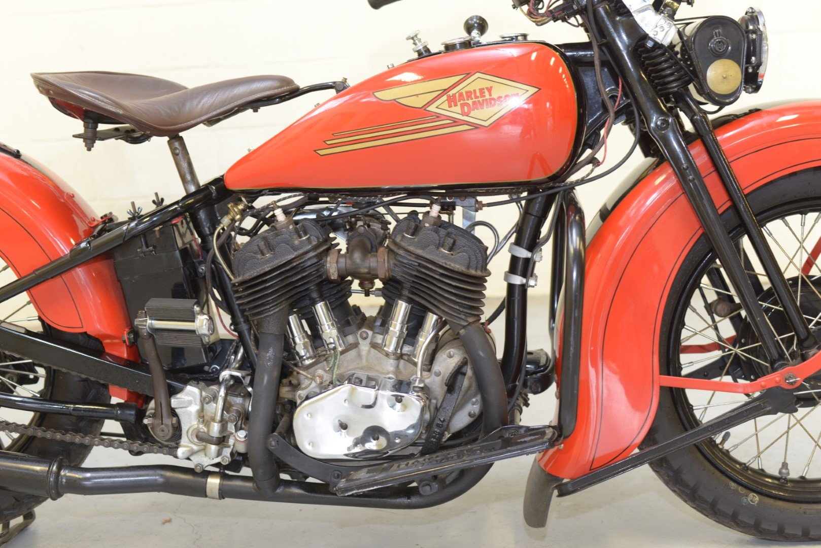 1934 HARLEY-DAVIDSON R45 750cc TWIN For Sale by Auction (picture 4 of 6)