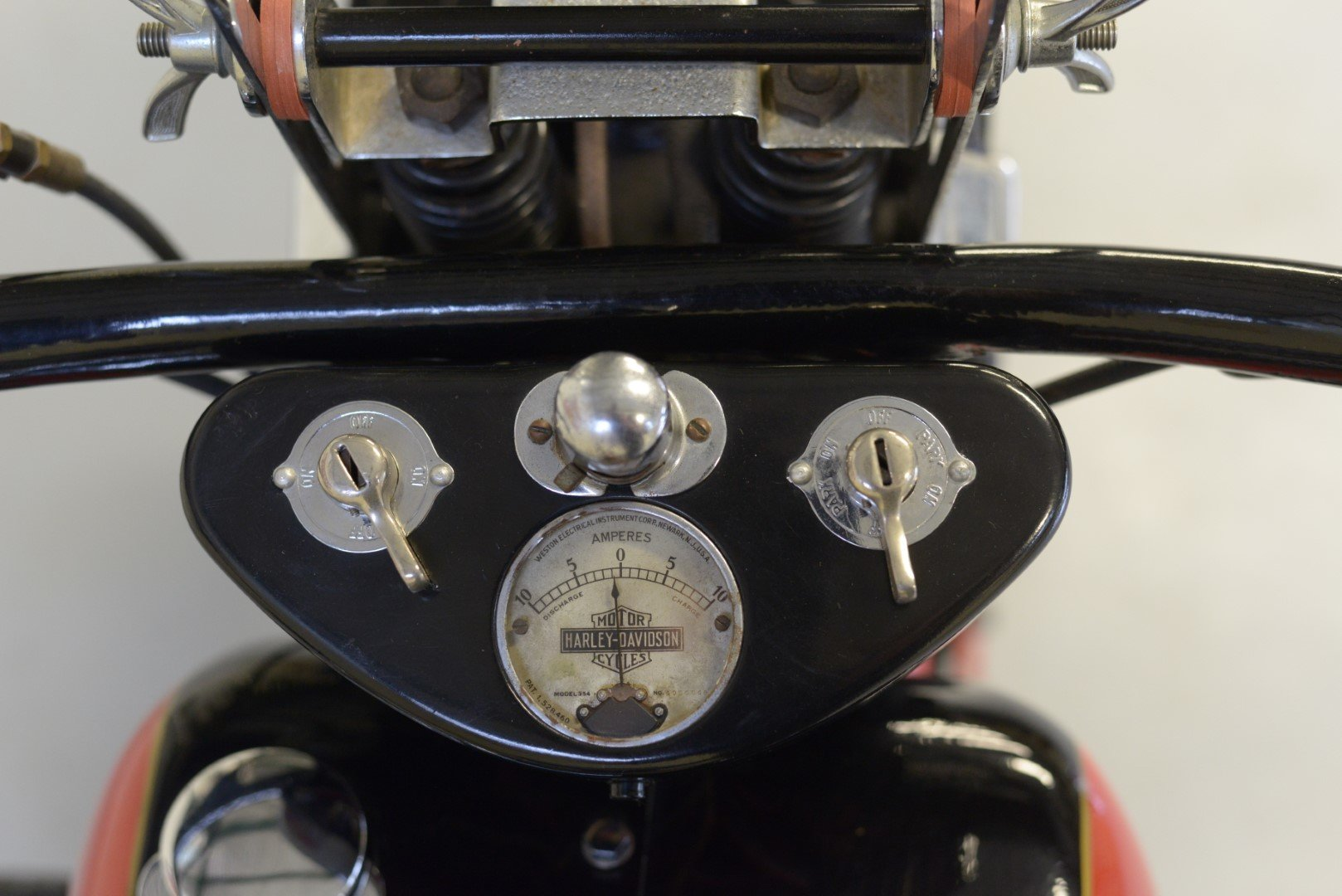 1934 HARLEY-DAVIDSON R45 750cc TWIN For Sale by Auction (picture 5 of 6)