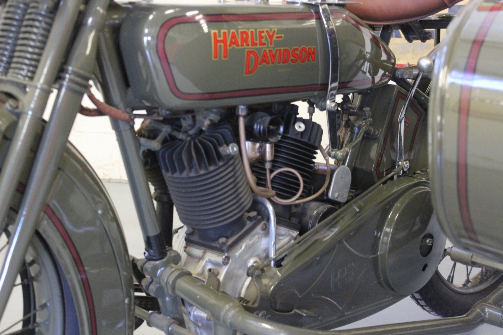 1924 HARLEY-DAVIDSON 1,000CC MODEL JE WITH SIDECAR For Sale by Auction (picture 3 of 6)