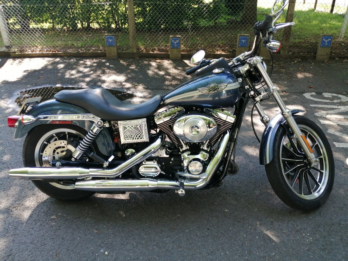 2003 Harley davidson dyna low milage. For Sale (picture 1 of 6)
