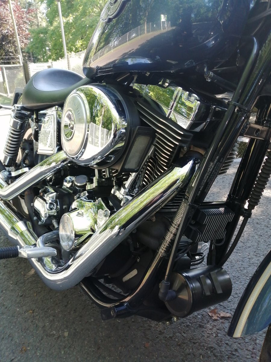 2003 Harley davidson dyna low milage. For Sale (picture 5 of 6)