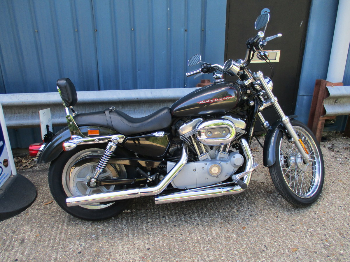 Harley Davidson XL883 Custon 2008 9kmiles For Sale (picture 1 of 6)