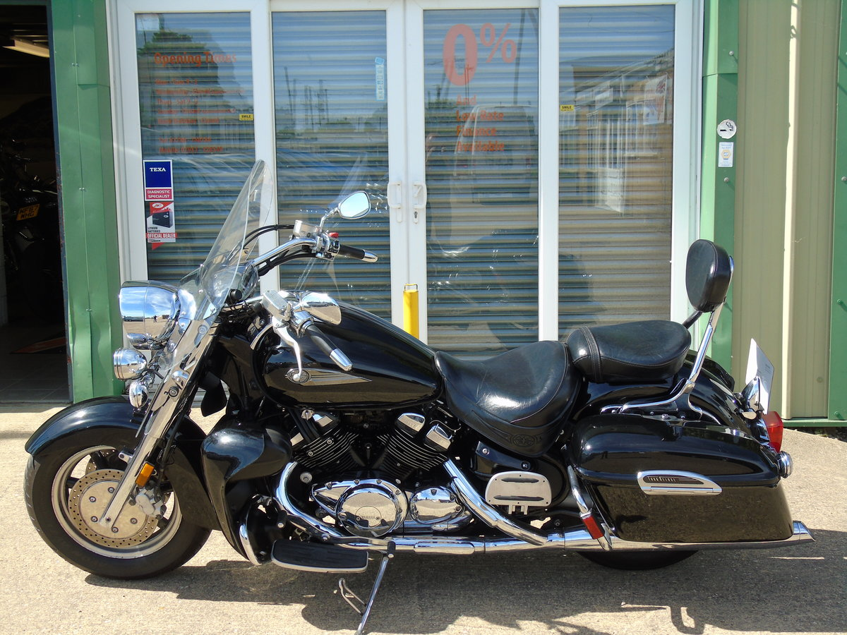 2006 Yamaha XVZ1300 Royal Star Tour Deluxe Only 15,000 Miles For Sale (picture 2 of 6)