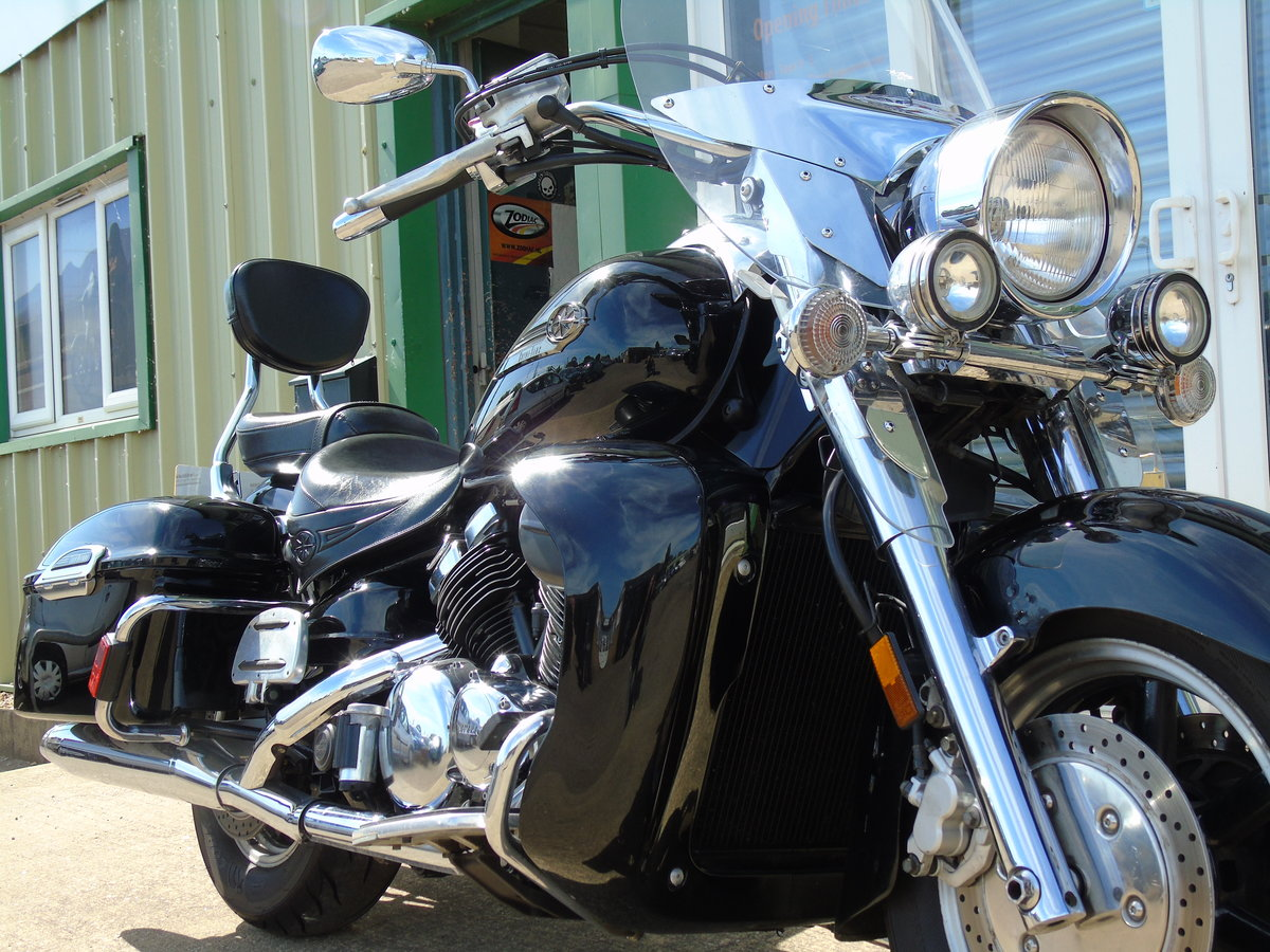 2006 Yamaha XVZ1300 Royal Star Tour Deluxe Only 15,000 Miles For Sale (picture 3 of 6)