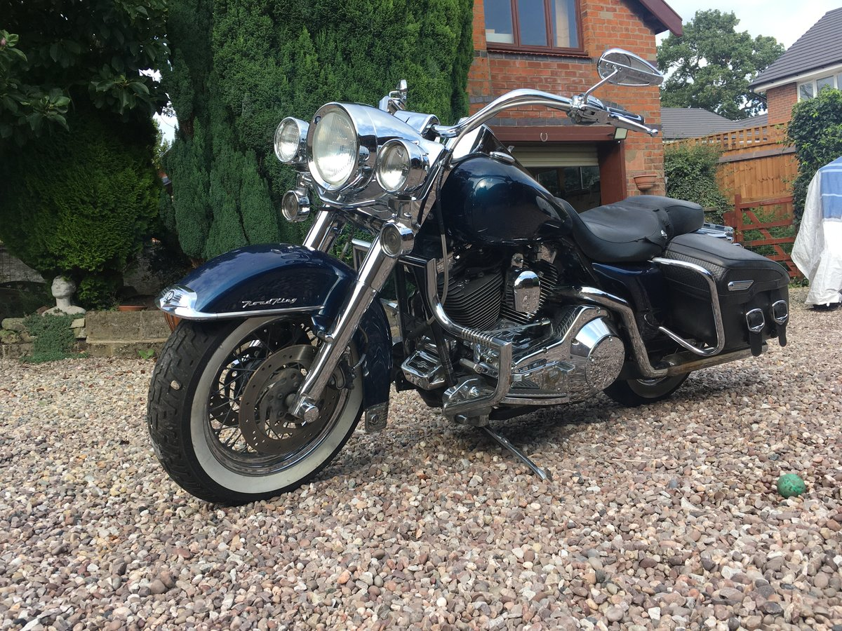 2000 Harley Davidson Road King For Sale (picture 1 of 4)