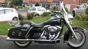 2007 Harley Davidson Road King Classic.
