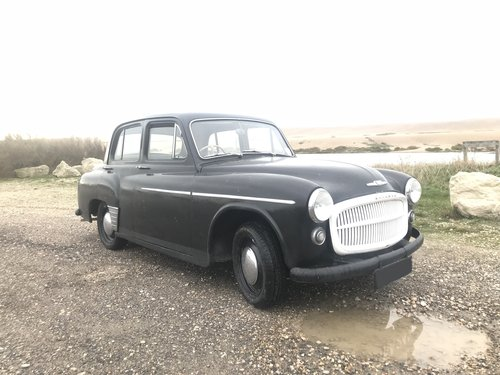 Lovely MOTd 1955 hillman minx saloon drive away SOLD (picture 1 of 6)