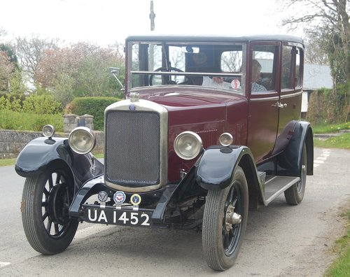 1928 stately vintage Hillman 14 saloon SOLD (picture 1 of 6)