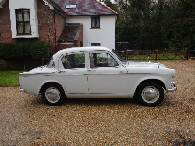 1963 Hillman Minx Deluxe (Card Payments Accepted & Delivery) SOLD (picture 4 of 6)