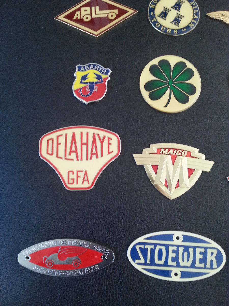 Collection 43 Radiator Badges For Sale (picture 4 of 6)