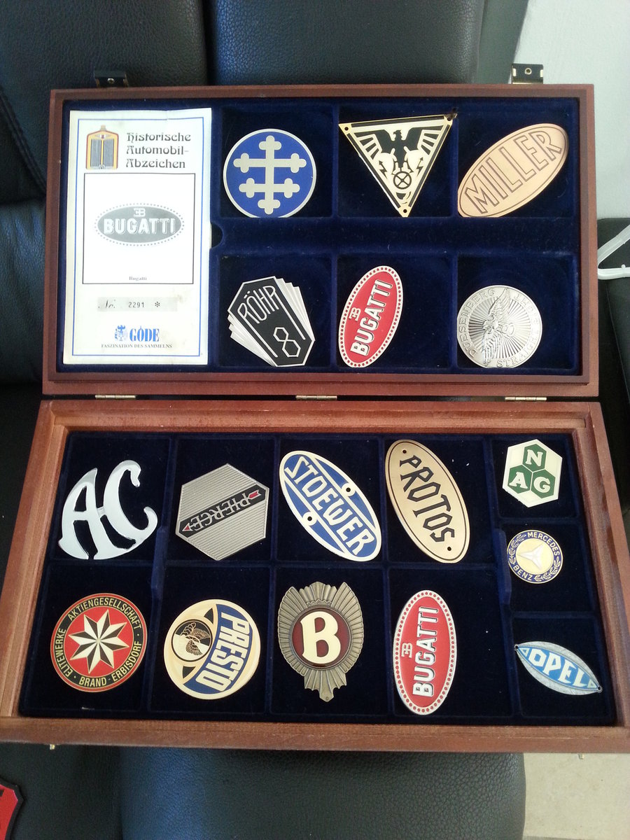 Collection 43 Radiator Badges For Sale (picture 6 of 6)