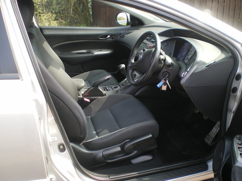 2009  Honda-Civic-1-8-I-VTEC-SE-59-plate,1 owner, Outstanding Car SOLD (picture 3 of 6)