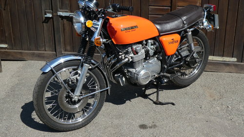 1976 HONDA 550/4 F1 SUPERSPORT WITH JUST 6200 MILES FROM NEW SOLD (picture 3 of 6)