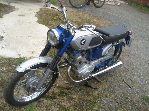 1969 Honda motorcycle 125 SS For Sale (picture 4 of 5)