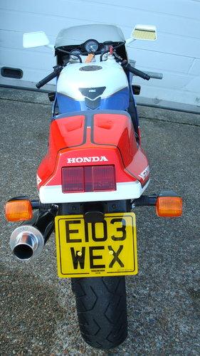 Honda VFR 750R RC30 1988-E **YOSHIMURA** For Sale (picture 5 of 6)