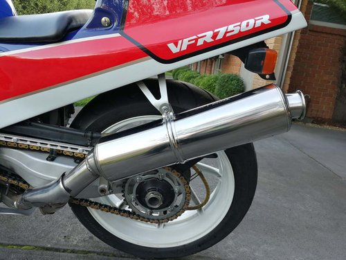 1988 VFR750R RC30 For Sale (picture 4 of 6)