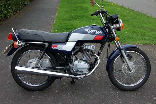 Honda CG125  1991  VGC low Miles  Tax  & MOT SOLD (picture 1 of 6)