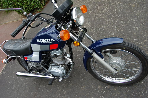 Honda CG125  1991  VGC low Miles  Tax  & MOT SOLD (picture 5 of 6)