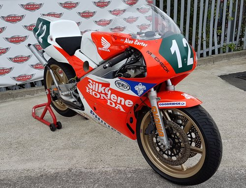 1990 Honda RS250 RF G.P. Road Racer For Sale (picture 1 of 6)