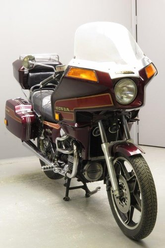 Honda 1984 673cc Silverwing SOLD (picture 4 of 6)