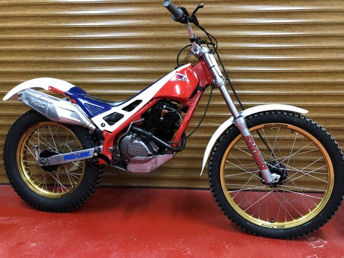 1988 HONDA RTL 250 TRIALS VERY RARE BIKE £5995 OFFERS PX PRE 65 For Sale (picture 1 of 2)
