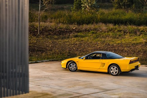 lhd 1993 Honda NSX  1 of 10 Yellow units produced for Europe SOLD (picture 4 of 6)