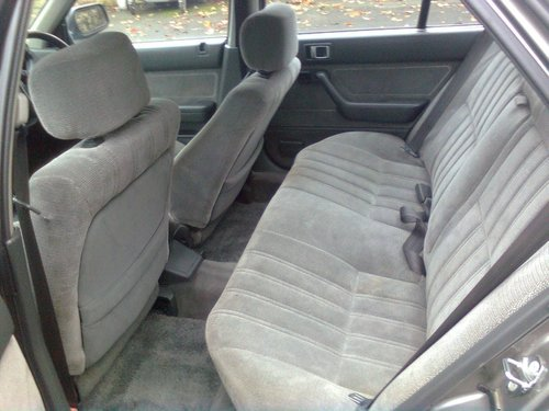 1989 HONDA ACCORD 2.0 EX .4 DOOR ONLY 66,000 MILES For Sale (picture 4 of 6)