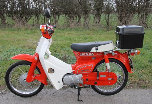 Honda C70 C - 1982 - 8000 - UK Bike Restored For Sale (picture 1 of 6)