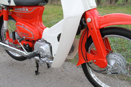 Honda C70 C - 1982 - 8000 - UK Bike Restored For Sale (picture 4 of 6)