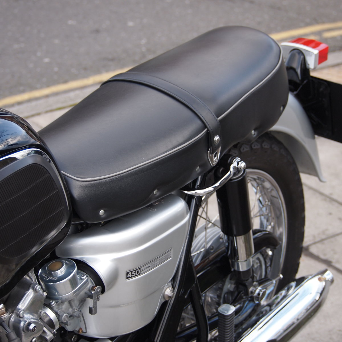 1967 Black Bomber CB450 K0 RESERVED FOR ROBERT. SOLD (picture 3 of 6)