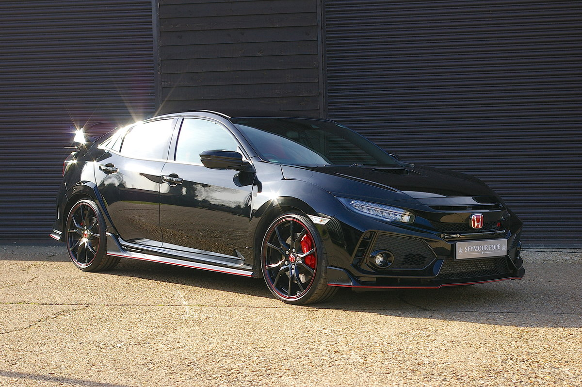 2017 Honda FK8 Civic Type R 2.0i VTEC 5DR Manual (4,000 miles) SOLD (picture 1 of 6)