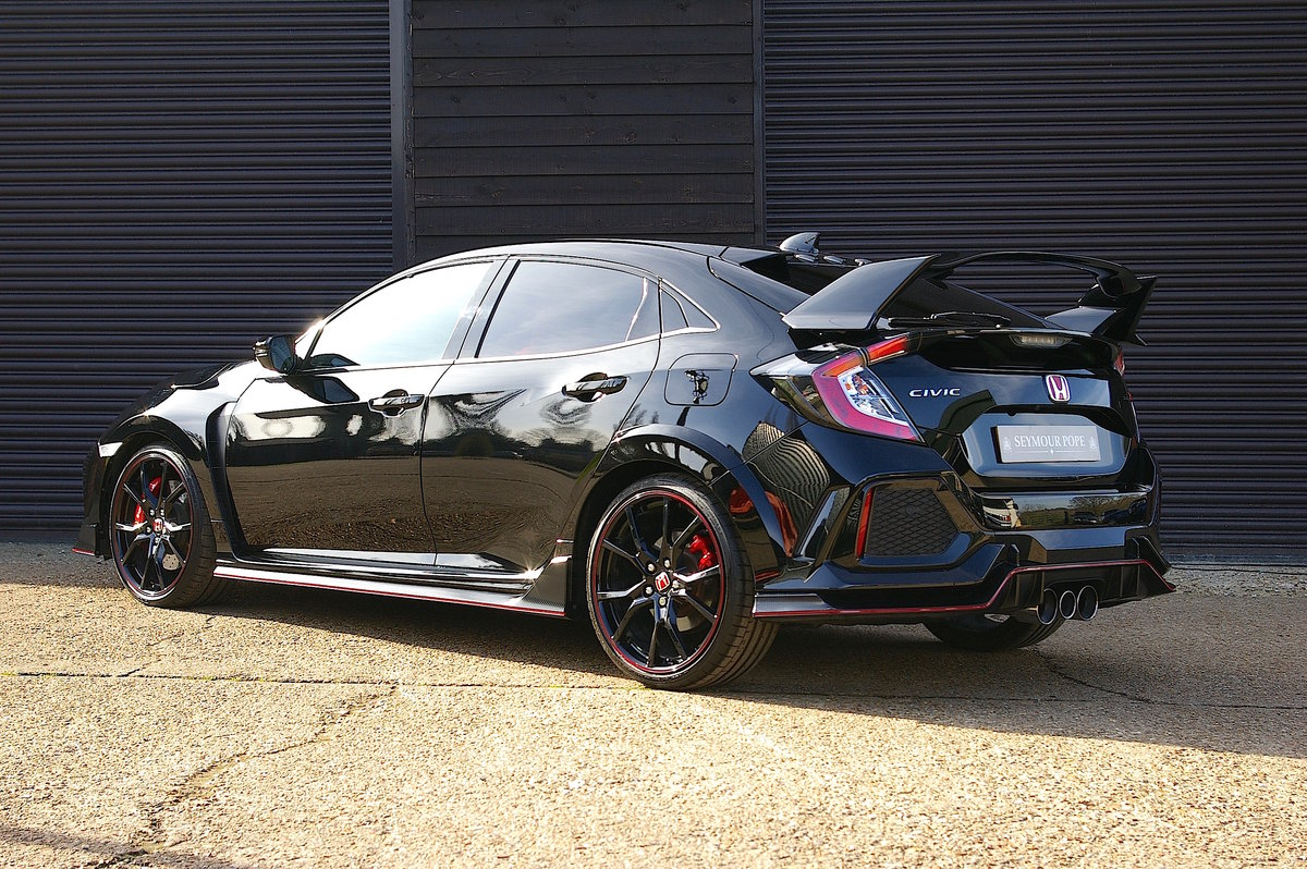 2017 Honda FK8 Civic Type R 2.0i VTEC 5DR Manual (4,000 miles) SOLD (picture 3 of 6)
