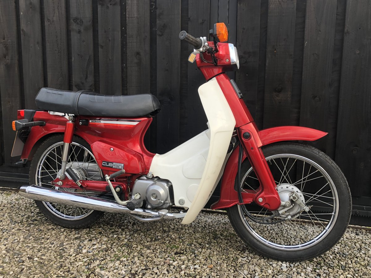 1982 HONDA C90 C 90 CUB CLASSIC ONLY 3500 MILES £2995 OFFERS  For Sale (picture 1 of 6)