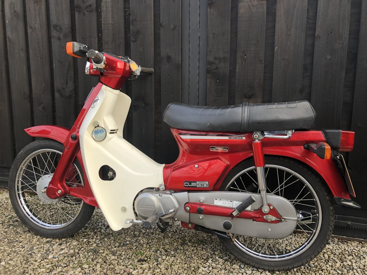 1982 HONDA C90 C 90 CUB CLASSIC ONLY 3500 MILES £2995 OFFERS  For Sale (picture 4 of 6)