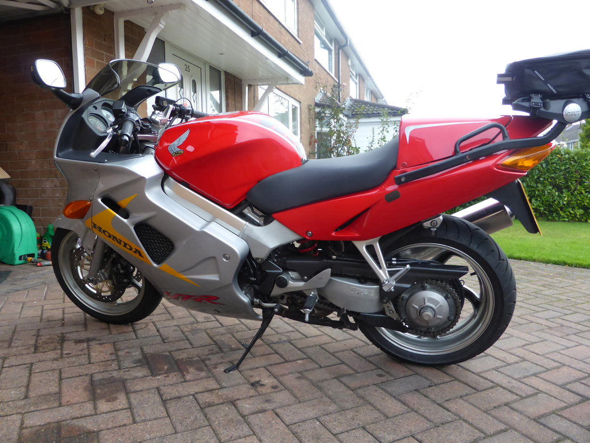1999 honda vfr 800 anniversary For Sale (picture 2 of 3)