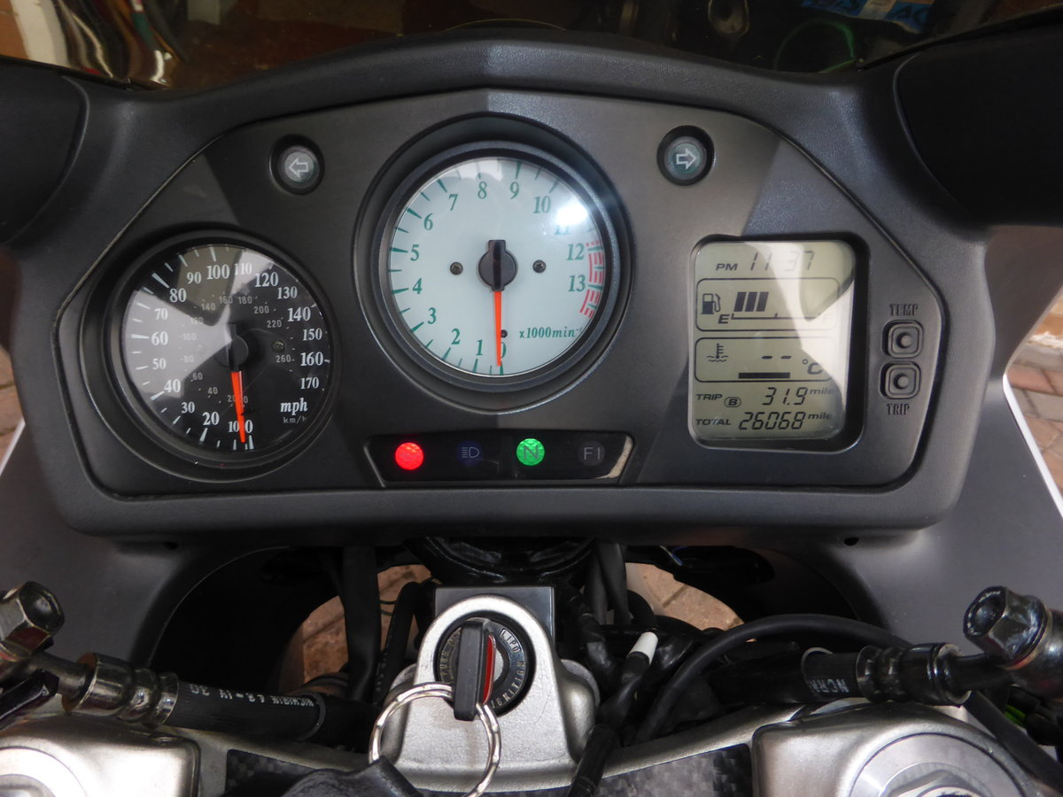 1999 honda vfr 800 anniversary For Sale (picture 3 of 3)