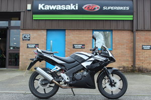 2009 58 Honda CBR125 Learner Legal Sports