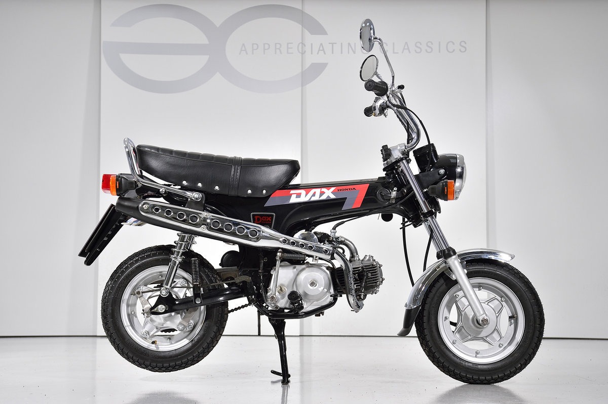 1992 Honda ST 50 Dax 'Monkey Bike' Fully Restored & Beautiful SOLD (picture 2 of 6)