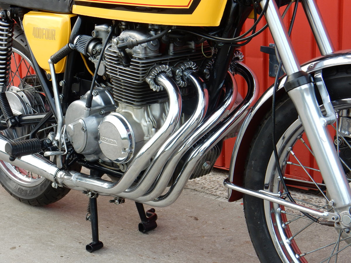1975 HONDA 400 FOUR FABULOUS LOOKING BIKE LOTS OF MONEY  For Sale (picture 3 of 3)
