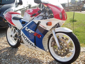 1992 vfr400r nc30 For Sale