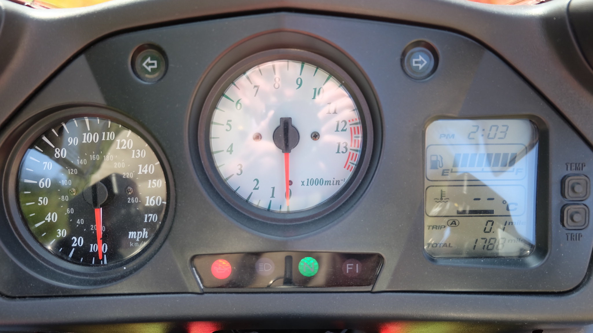 1998 Honda VFR 800 fiw 1,788 miles only  For Sale (picture 6 of 6)