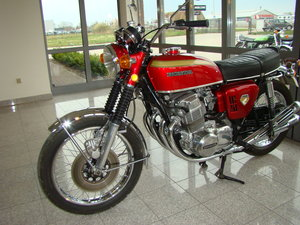 HONDA CB750 FOUR K0 1970 VIDEO !!