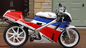 1991 HONDA VFR400R-L NC30 UK BIKE For Sale