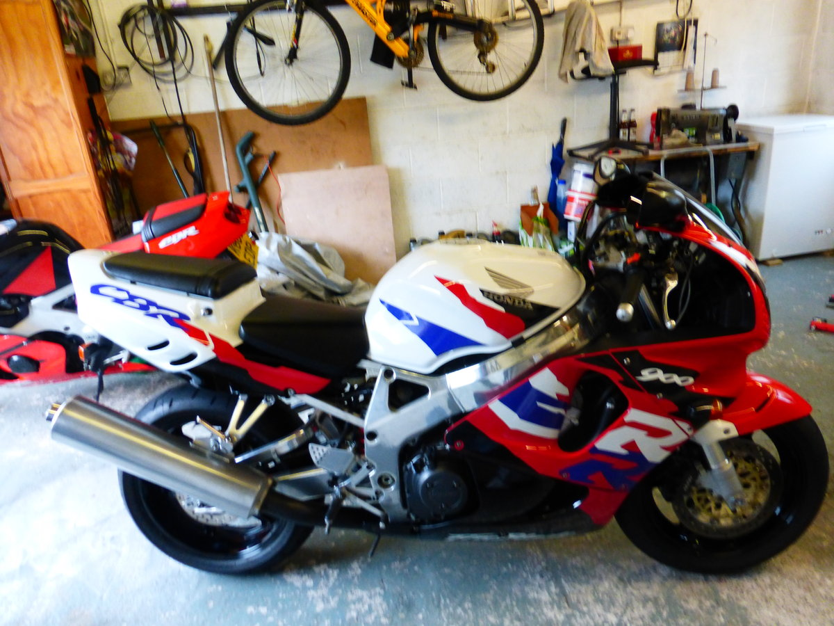 Honda Fire Blade Immaculate Condition 1997 For Sale (picture 2 of 6)